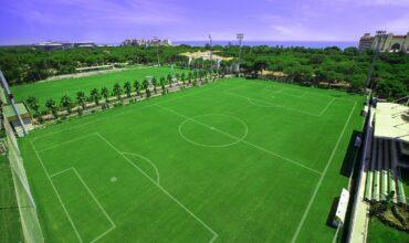 1500 football team expected